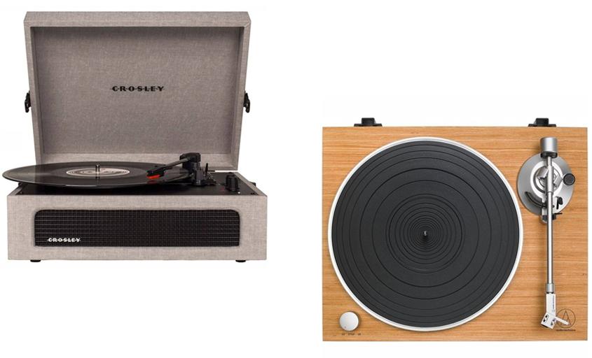 Gramofon Crosley Coyager, Datart, orientační cena 2590 Kč.; Gramofon Audio-technica, Datart, orientační cena 7990 Kč